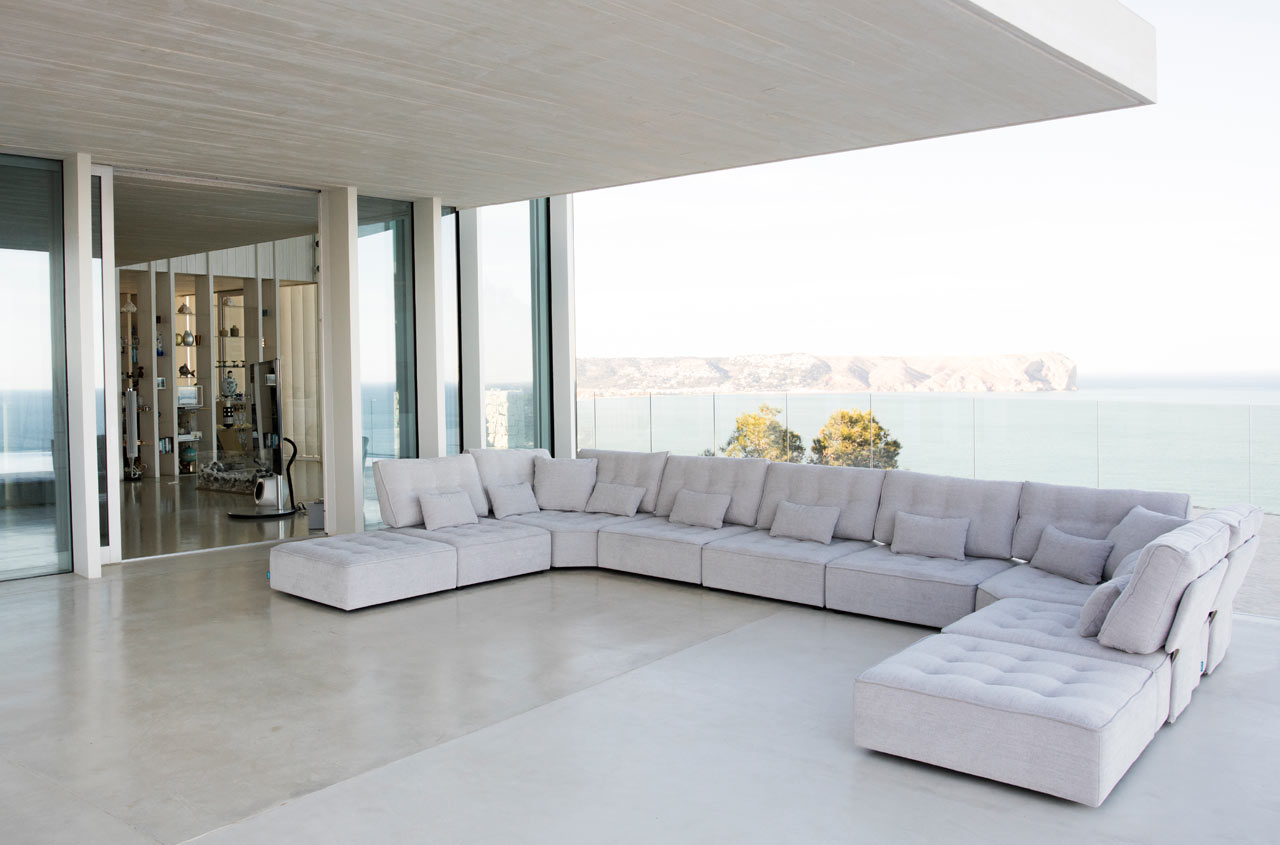Arianne Piel sofa Fama 2020 03