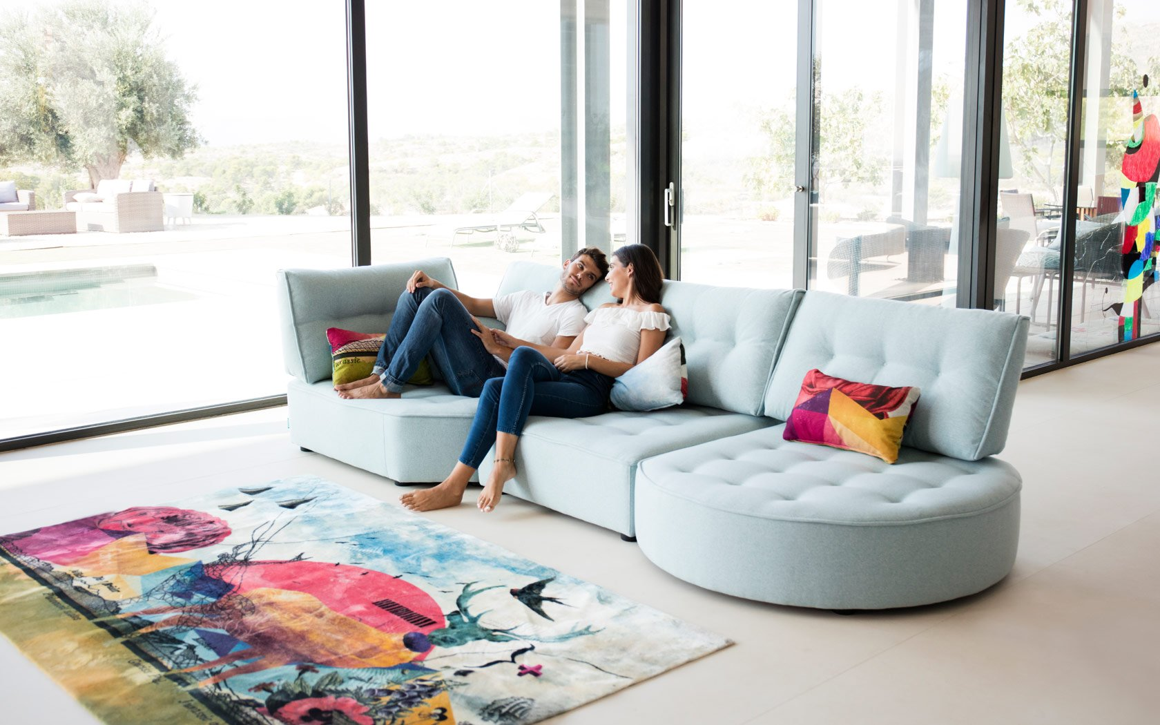 Arianne Love sofa Fama 2019 13