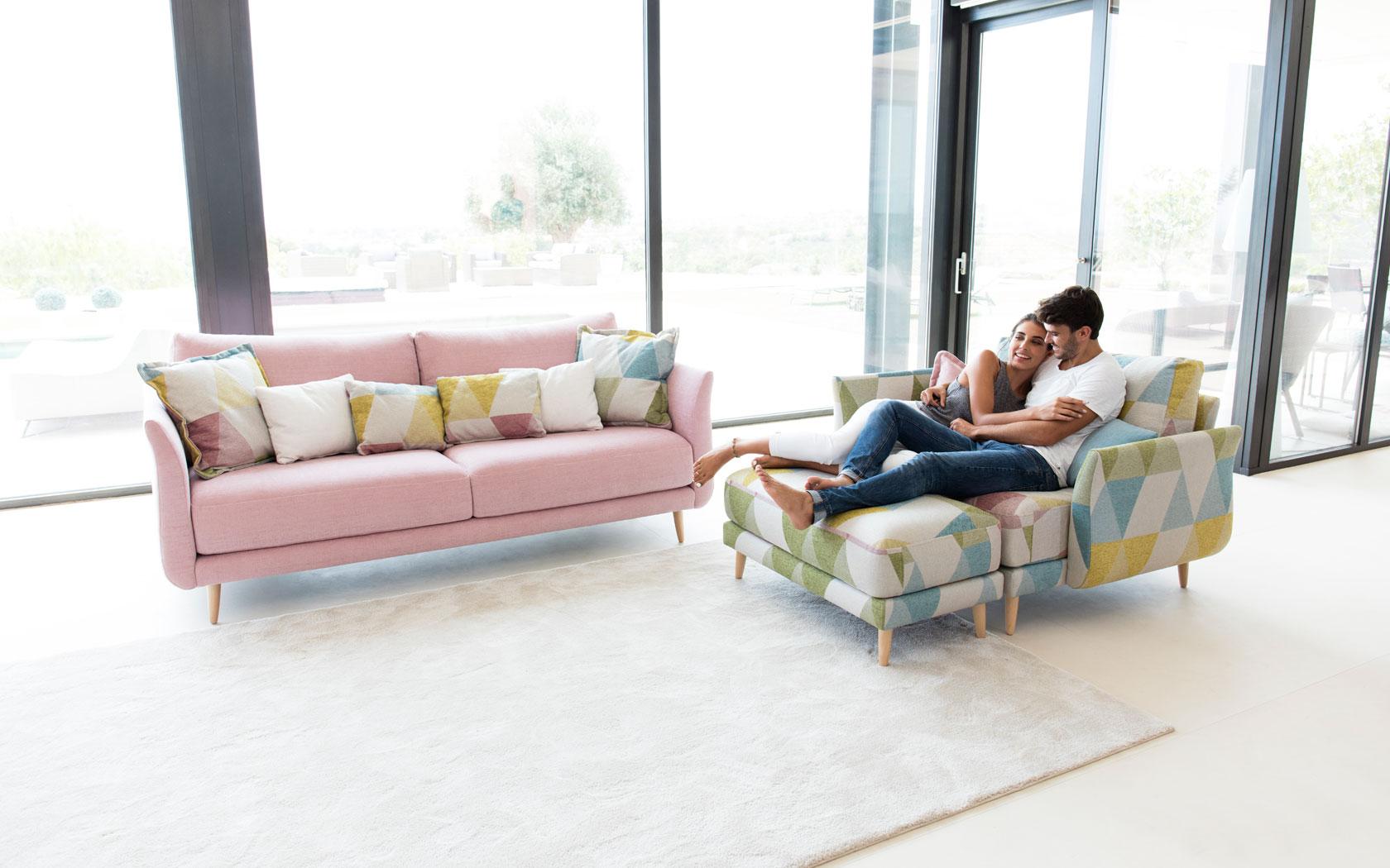 Helsinki sofa Fama 2019 02