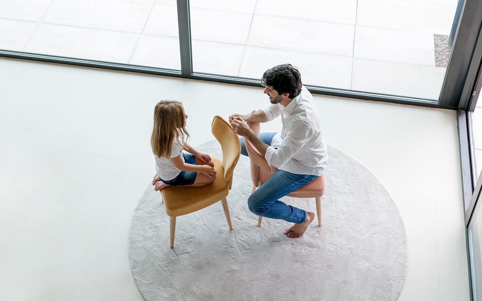 Mili y Lalo sillas Fama 2018 03