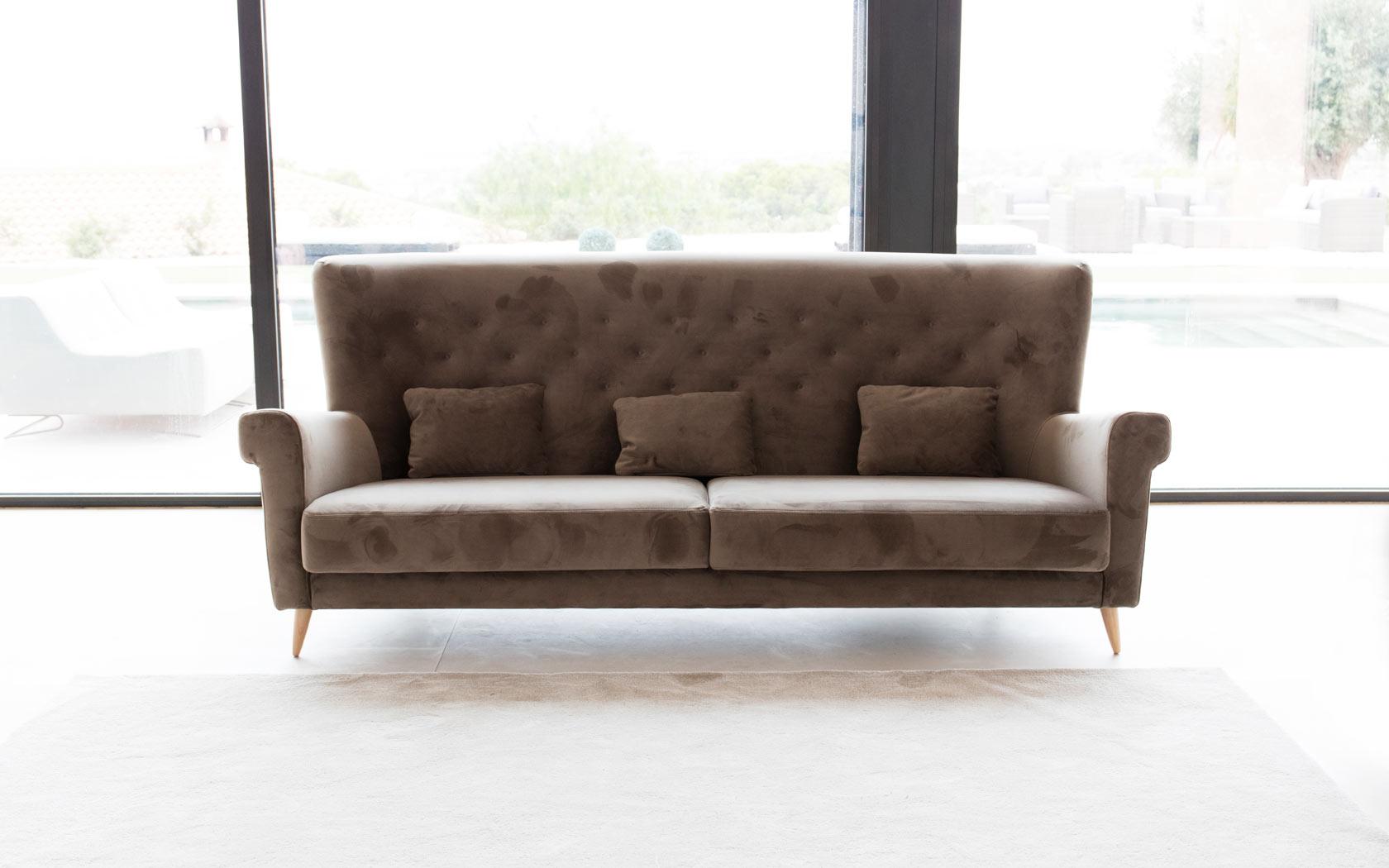 Nina sofa Fama 2019 02