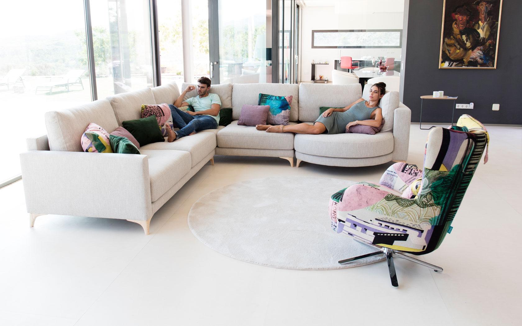 Opera sofa Fama 2019 04