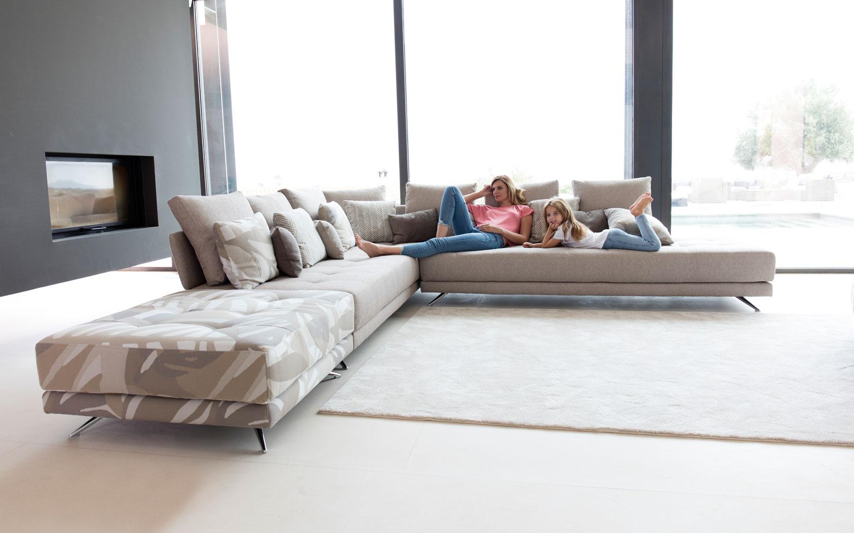 Pacific sofa Fama 2019 02