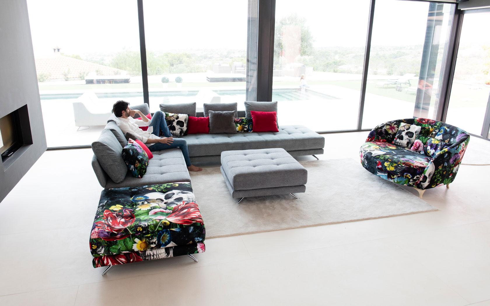 Pacific sofa Fama 2019 01