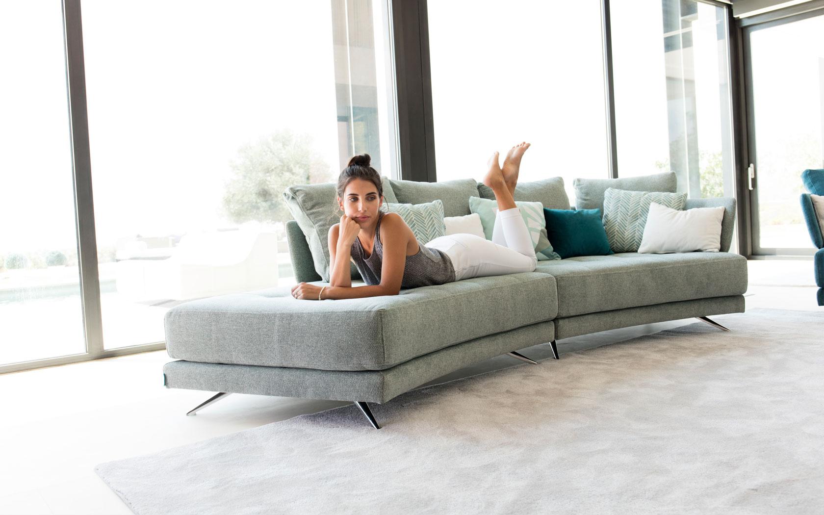 Pacific sofa Fama 2019 04