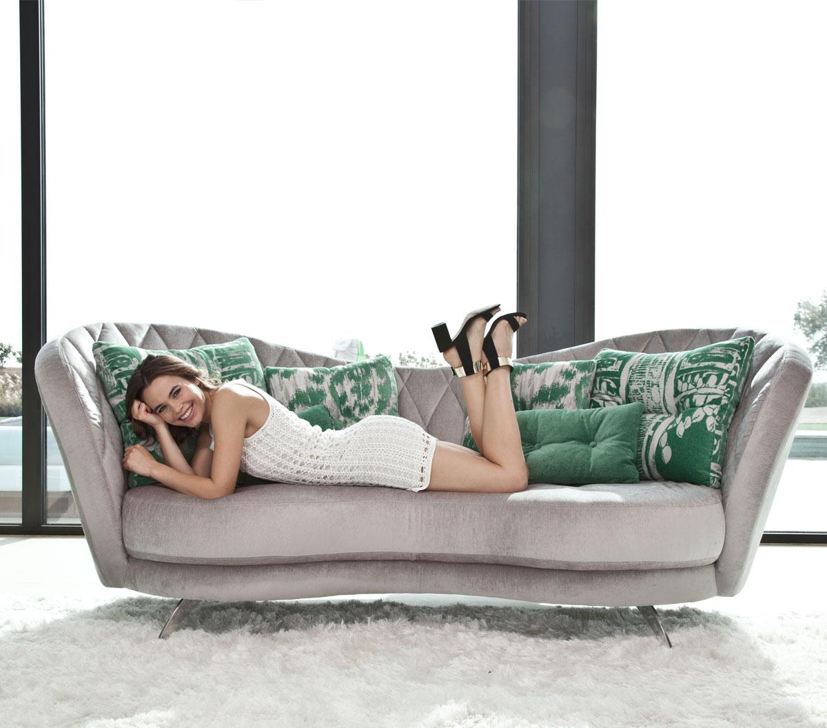 Josephine, del sofá a la cama 3